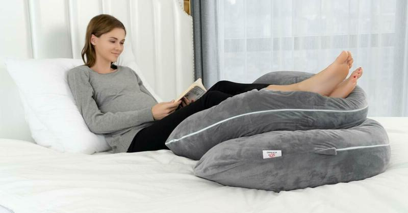 Queen Pregnancy - Pillow