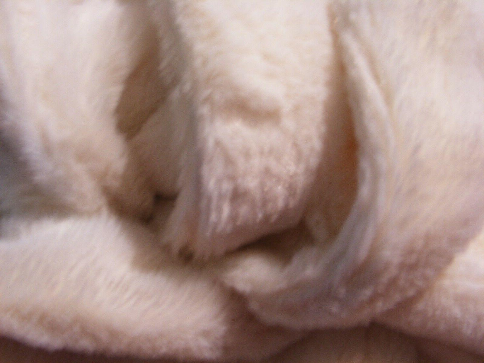 Room White Fur - Case - Soft